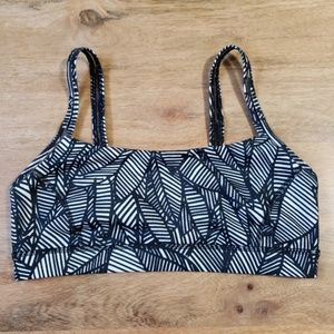 Lululemon Pretty Palm Black Angel Wing Sports Bra